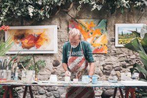 Guanyar-se la vida treballant en el sector cultural